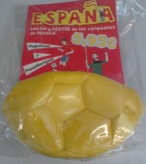 ESPAÑA, BALÓN Y POSTER DE LOS CAMPEONES
